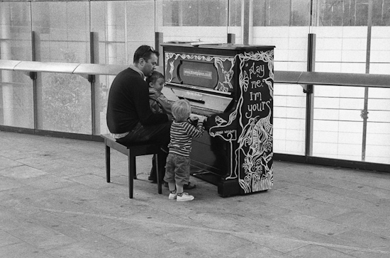 """Play me, I'm yours"" @ Museum of London"