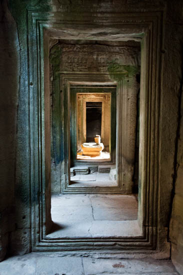 Doorways @ Bayon (Angkor Thom), Cambodia