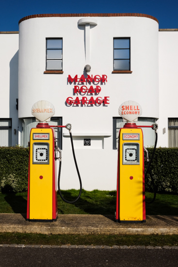 Manor Road Garage, East Preston (UK)